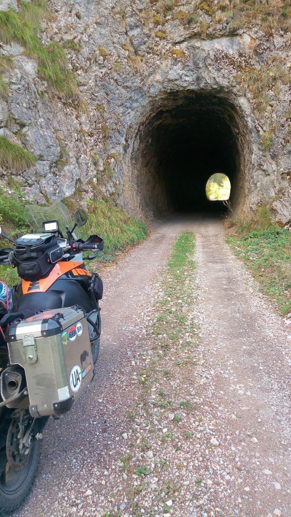 route avec tunnels