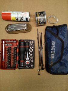 exemple de trousse a outils moto de base