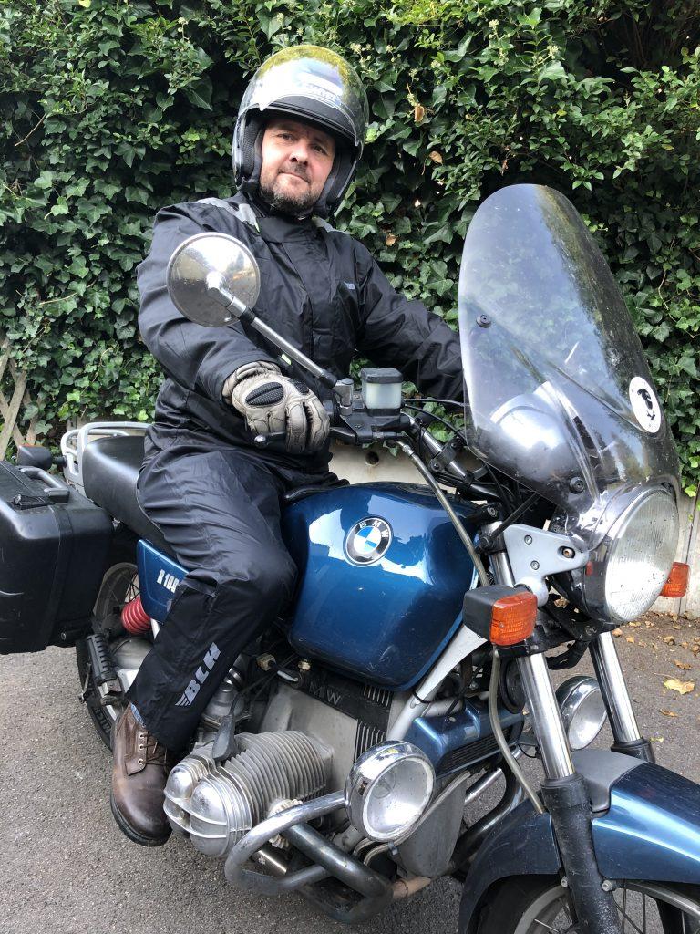 tenue de pluie moto BLH, un excellent rapport qualité prix !